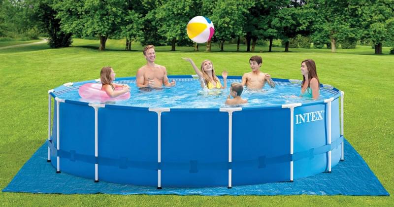 Meilleure piscine tubulaire arondie metal frame de marque Intex spécialiste de la piscine hors sol en Europe, France et Belgique