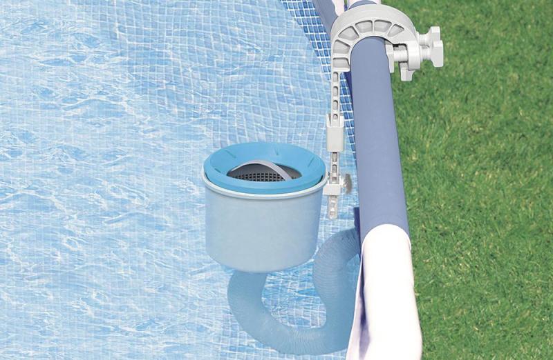Skimmer de surface tous le matériel pour traiter l'eau d'une piscine - Guide test produit, explication et comparatif